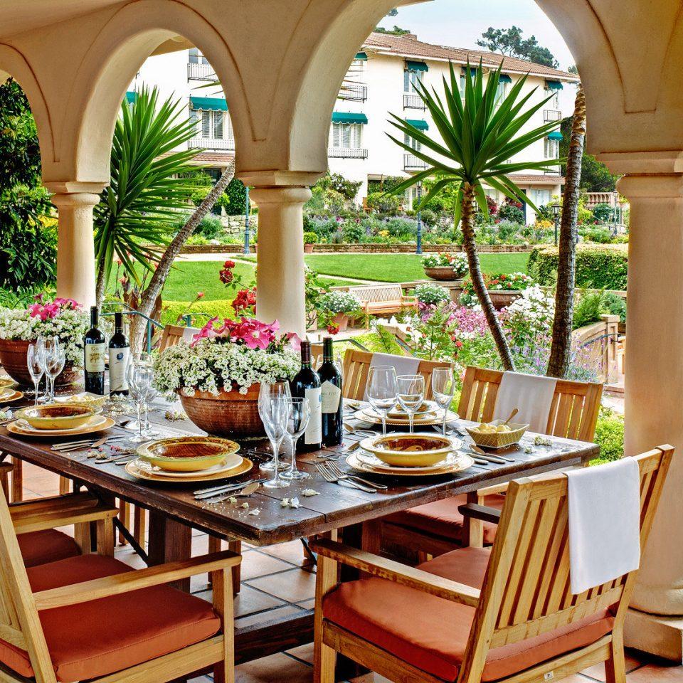 Dining Drink Eat Garden Outdoors Resort restaurant home Villa hacienda set