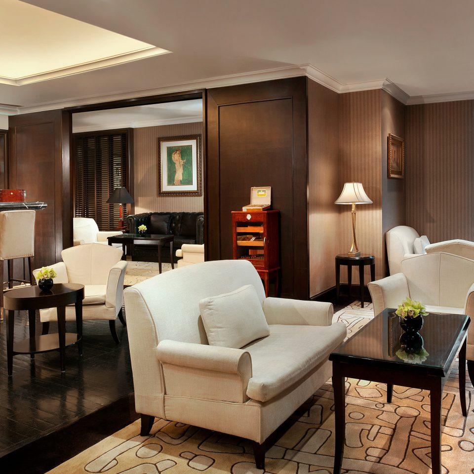 Dining Drink Eat Hip Luxury Modern sofa living room property Lobby condominium Suite home