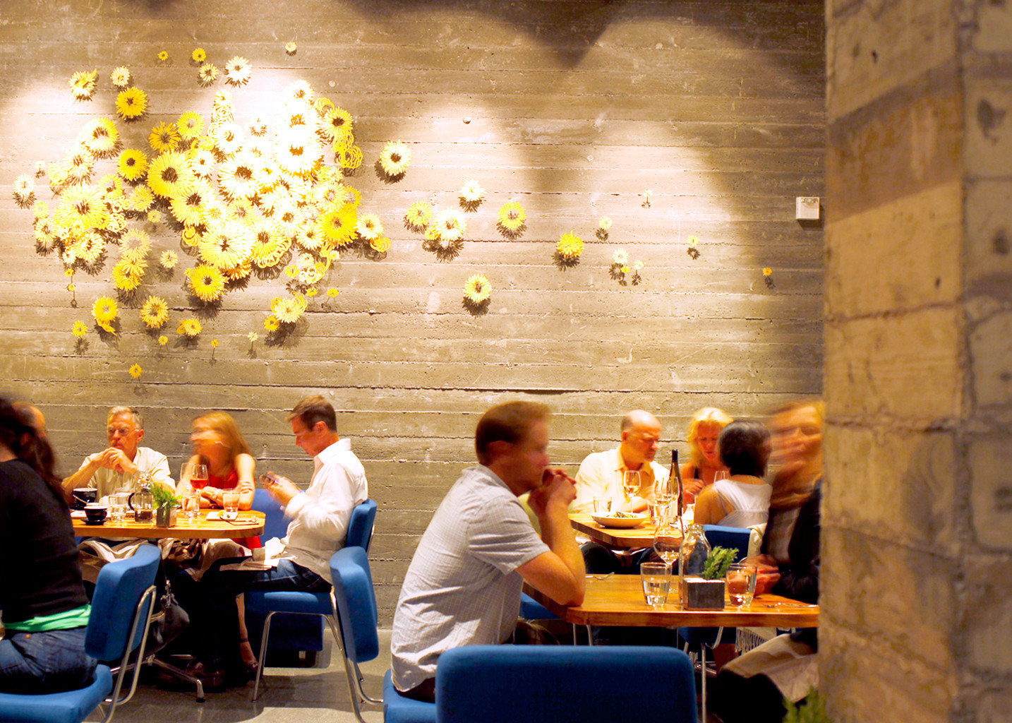 Dining Drink Eat Hip Modern restaurant