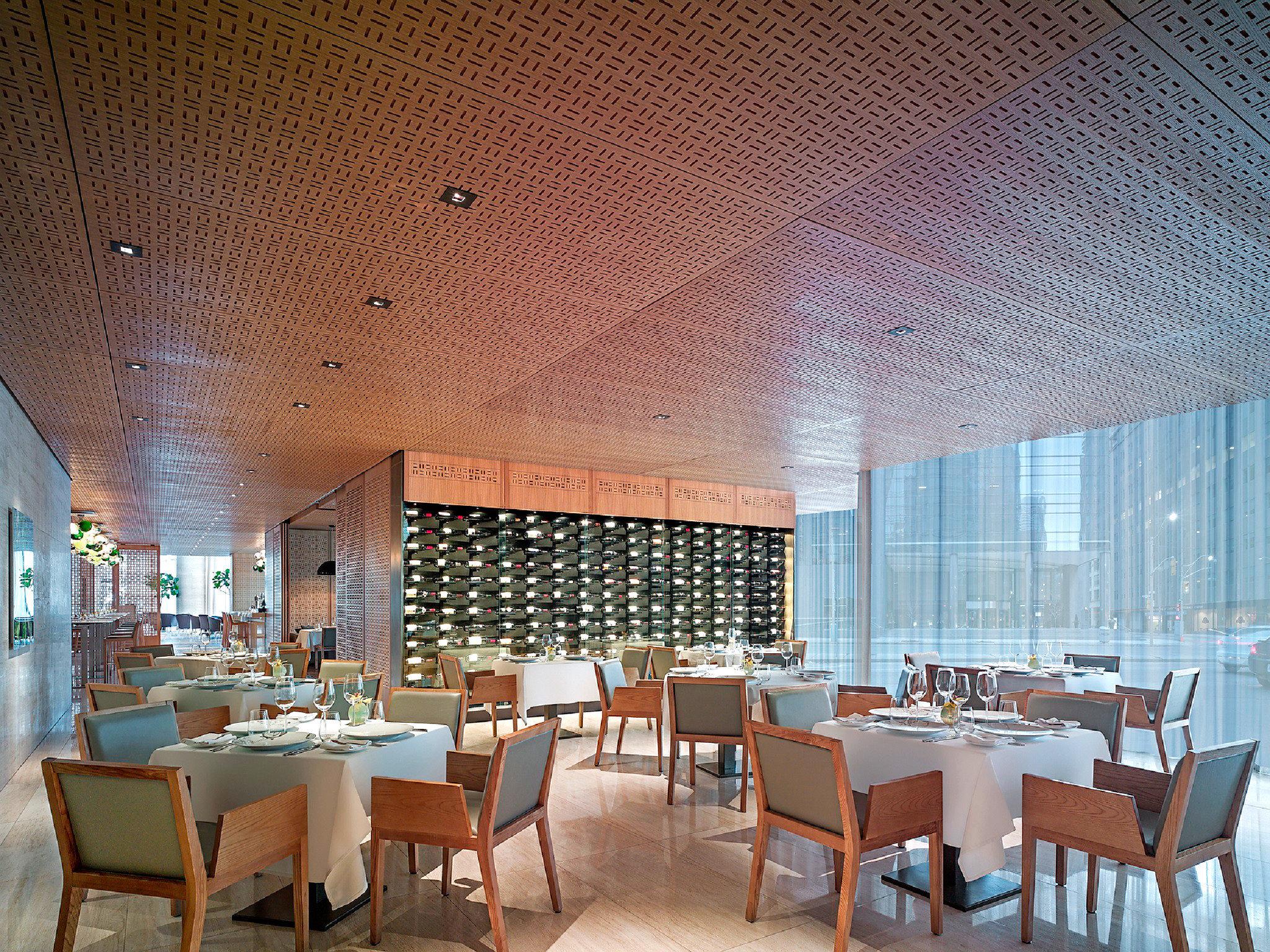 Dining Drink Eat Hip Modern Scenic views chair property restaurant Lobby Resort function hall set