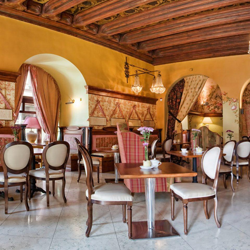 Dining Drink Eat Historic Luxury restaurant function hall Lobby café