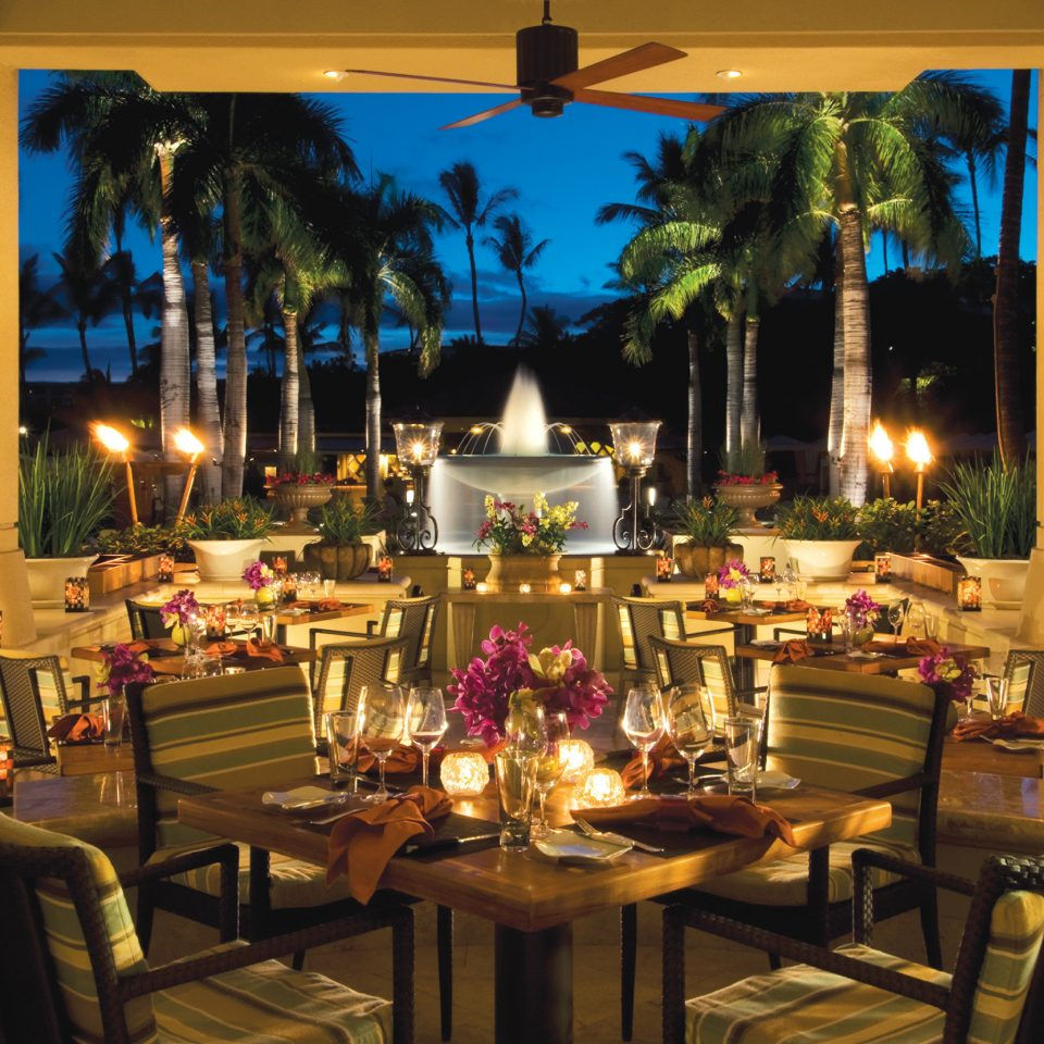 Dining Drink Eat Island Patio Terrace Tropical restaurant function hall lighting Resort