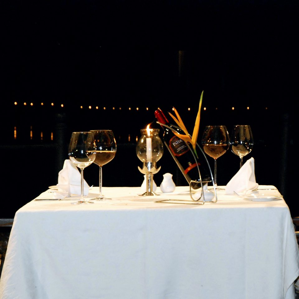 Dining Drink Eat Island Lounge Romantic