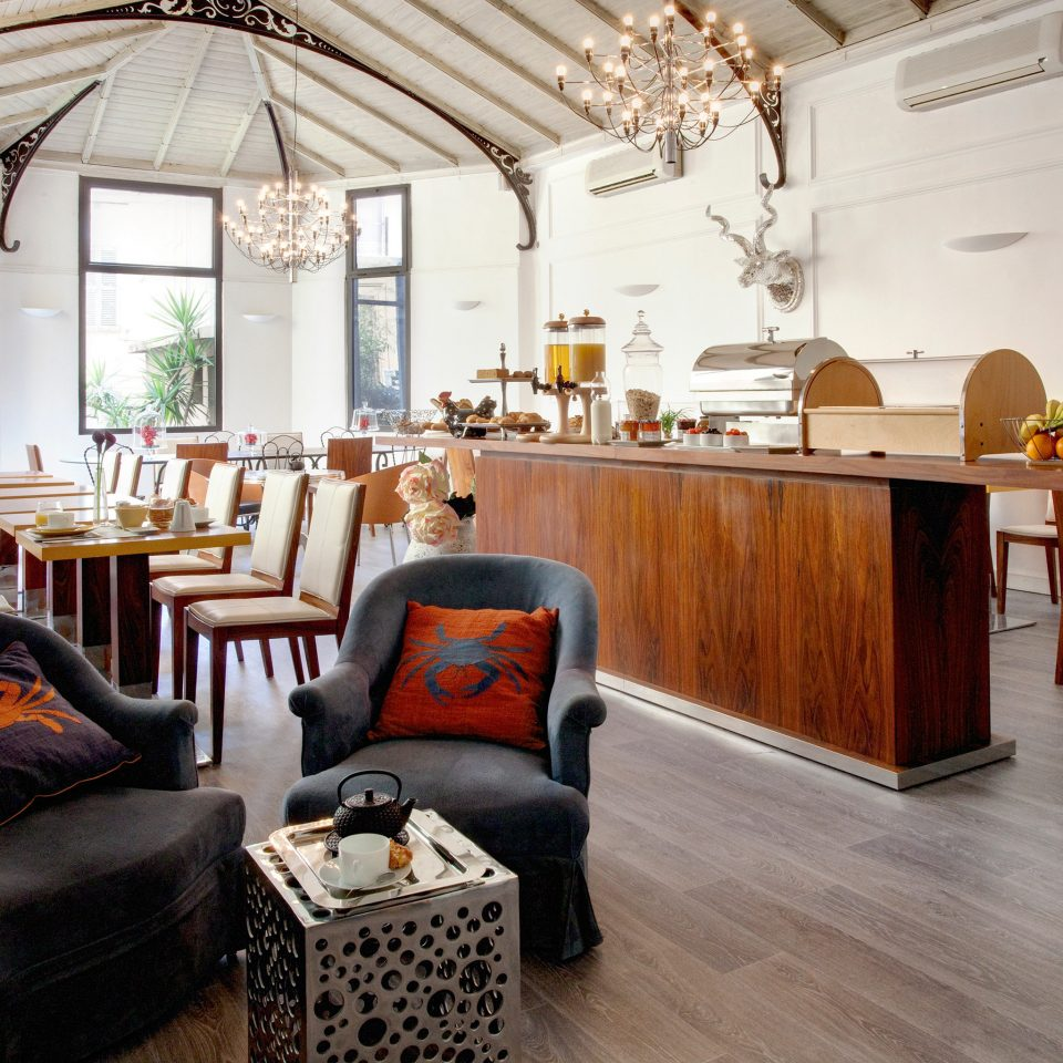 Dining Drink Eat Modern property home living room restaurant Lobby cottage flooring