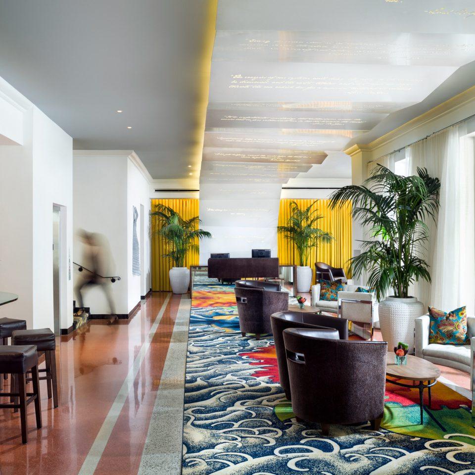 Dining Drink Eat Luxury property condominium Lobby home living room restaurant