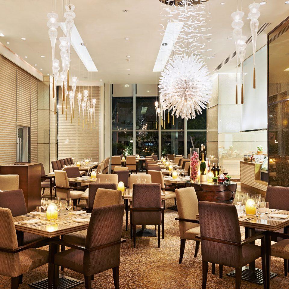 Dining Drink Eat Resort chair Lobby restaurant function hall ballroom café