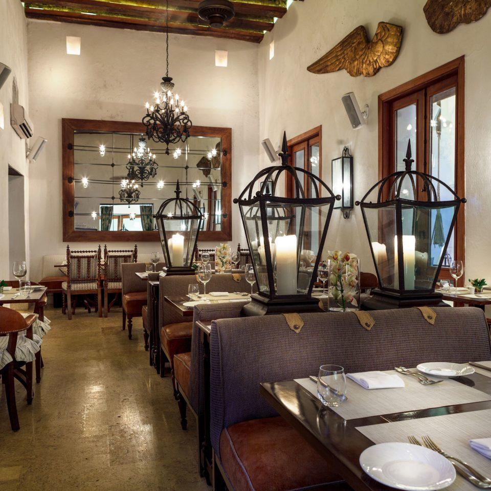 Dining Drink Eat Luxury Resort property chair restaurant living room home Lobby Villa