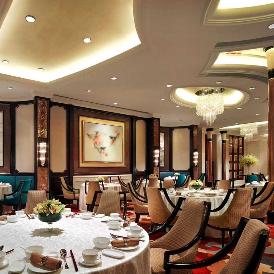 Dining Drink Eat Luxury Romantic Lobby restaurant Resort function hall living room Suite mansion ballroom dining table
