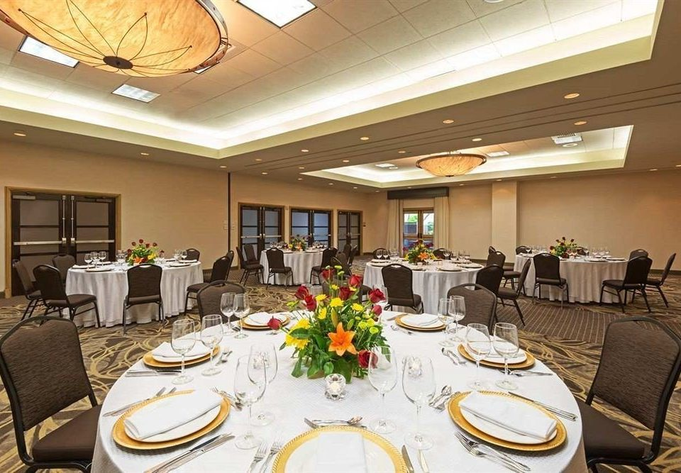 Drink Eat plate function hall banquet conference hall Dining restaurant convention center ballroom Lobby set dining table