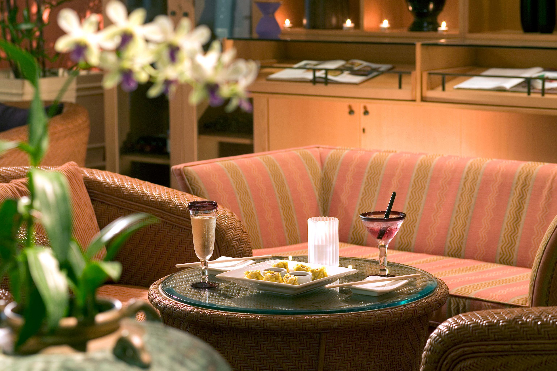 Dining Drink Eat Lounge Resort restaurant lighting green centrepiece set