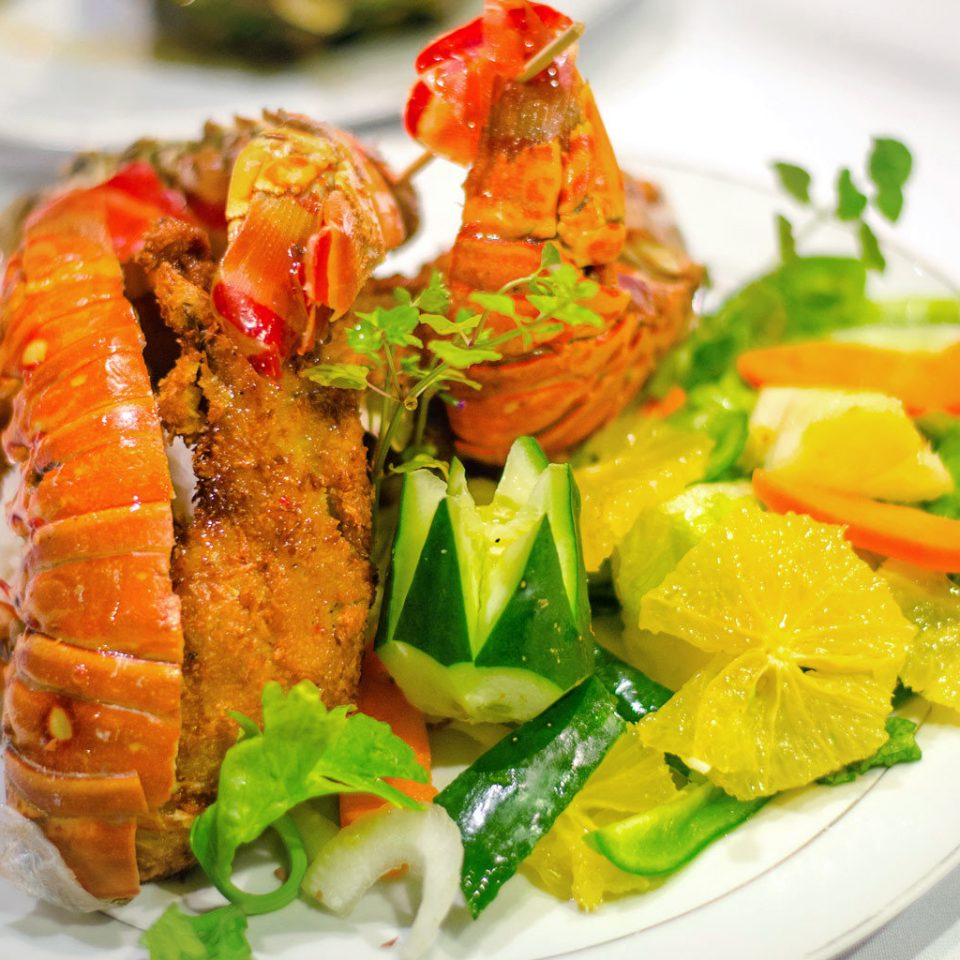Dining Drink Eat Luxury Resort food plate Seafood cuisine fish vegetable hors d oeuvre thai food salad asian food meat piece de resistance