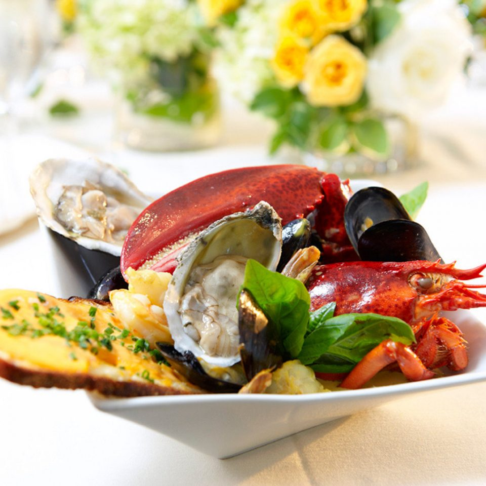 Dining Drink Eat Modern plate food Seafood mussel hors d oeuvre cuisine sense invertebrate lunch restaurant arranged