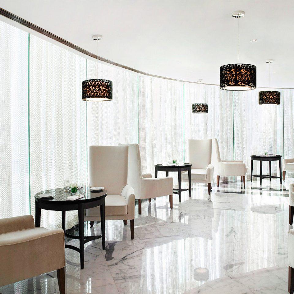 Dining Drink Eat Modern Resort chair property home living room condominium Suite