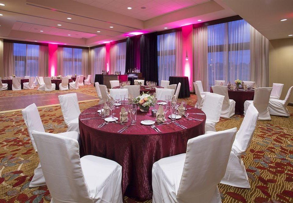 Dining Drink Eat Nightlife Party Resort function hall banquet wedding wedding reception ceremony quinceañera ballroom event restaurant