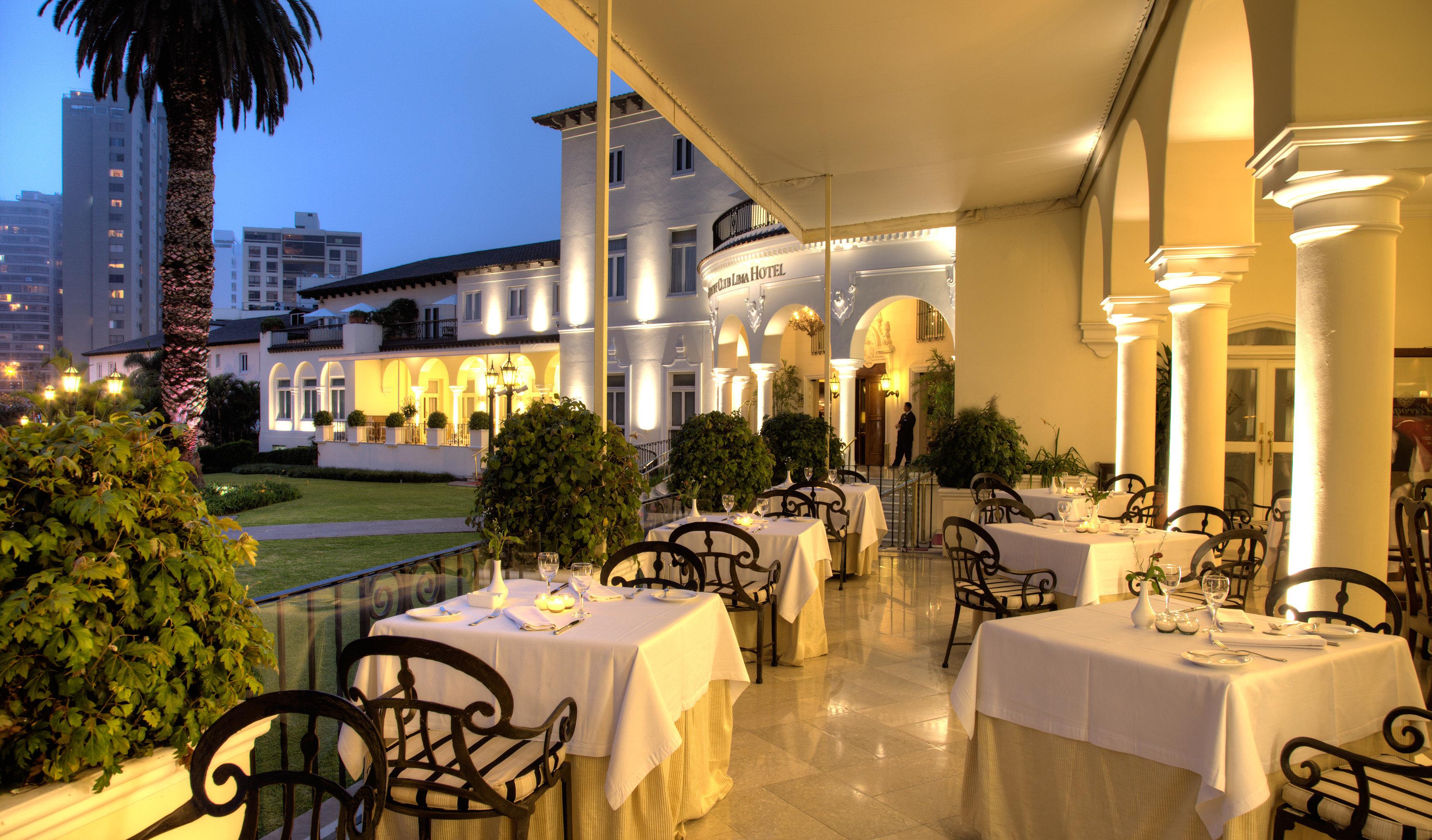 Dining Drink Eat Patio Resort restaurant lighting