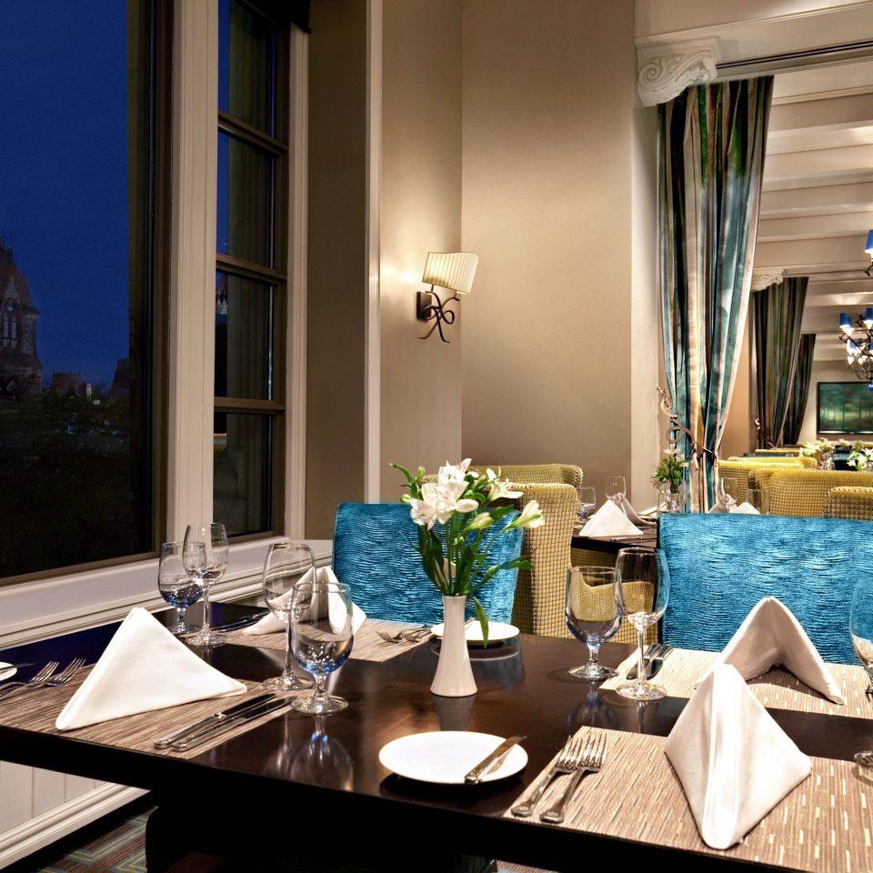 Dining Drink Eat Resort home living room restaurant lighting dining table