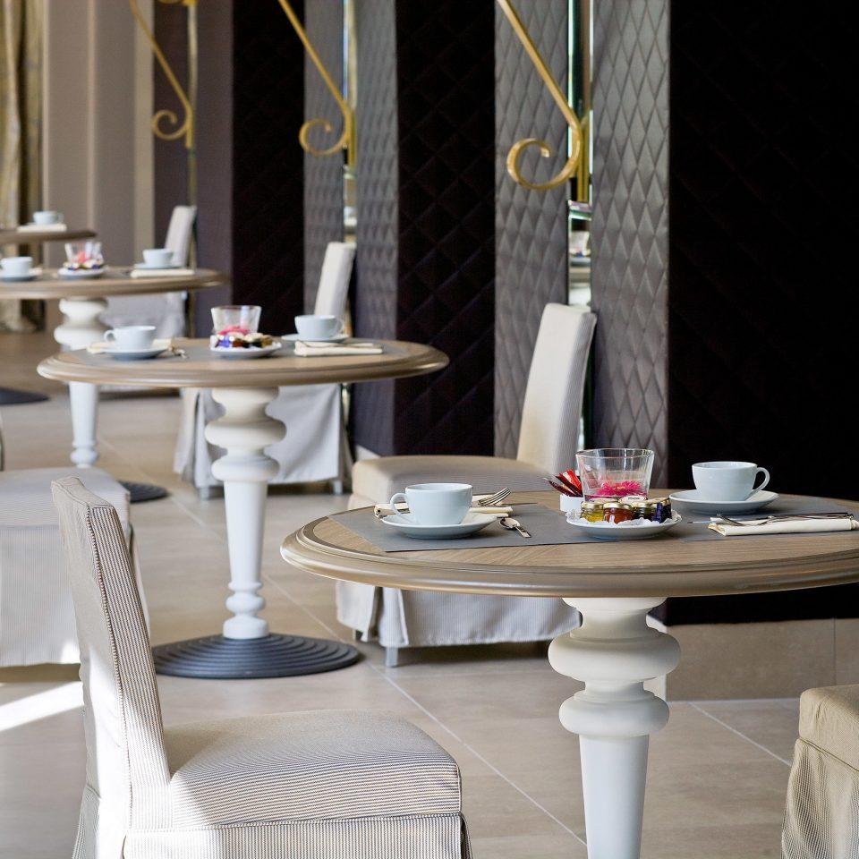 Dining Drink Eat Resort living room restaurant