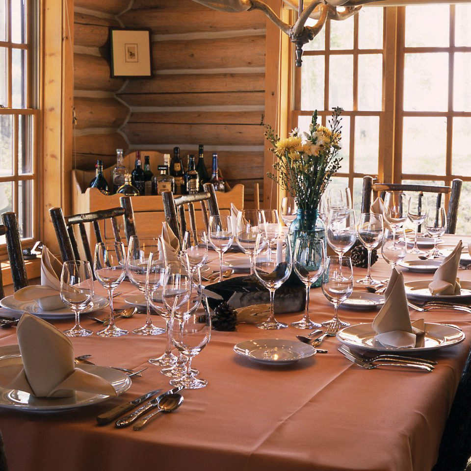 Dining Drink Eat Resort restaurant function hall rehearsal dinner ballroom dining table dinner set