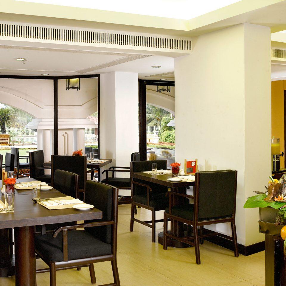Dining Drink Eat Resort property restaurant condominium home