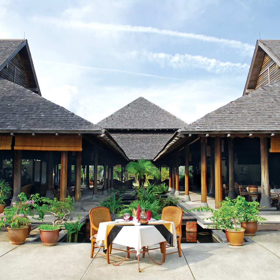 Dining Drink Eat Resort sky building ground property house home cottage Village roof outdoor structure farmhouse stone