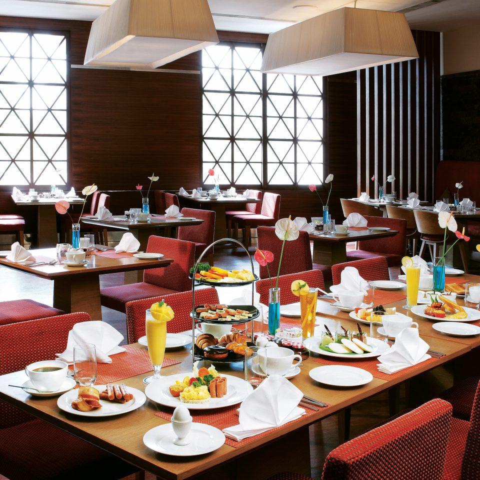 Dining Drink Eat Resort plate restaurant brunch function hall set dining table