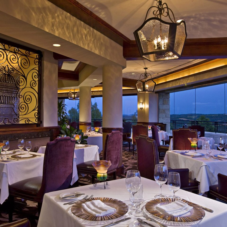 Dining Drink Eat Resort Scenic views restaurant function hall home Suite living room