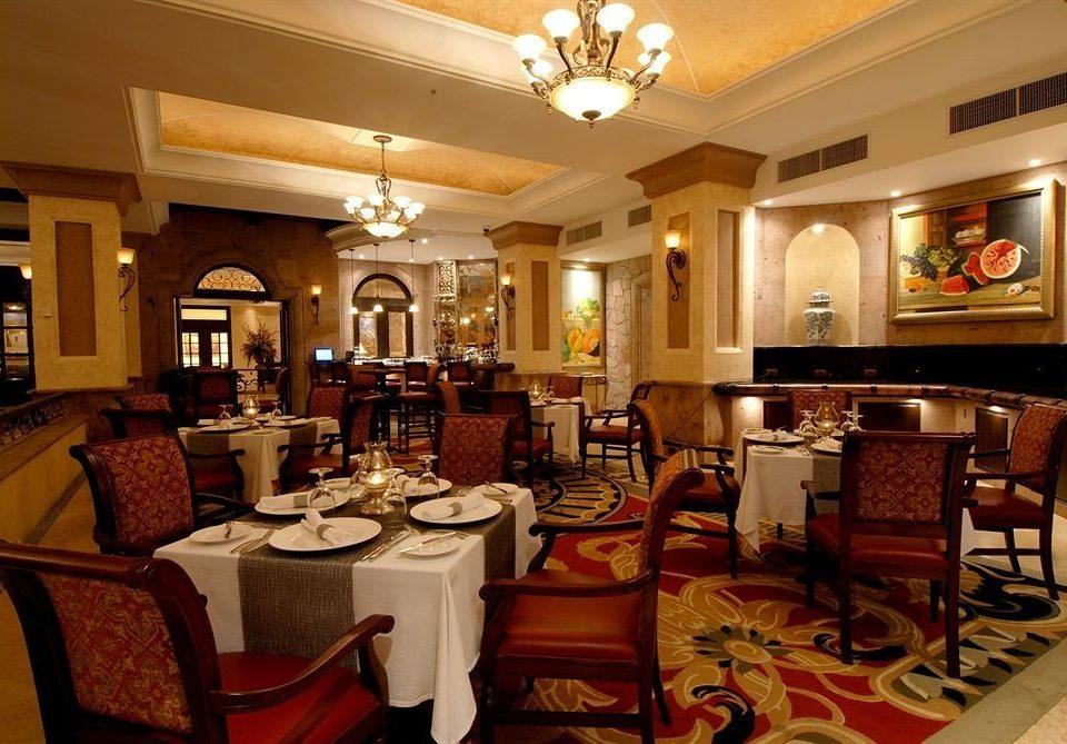 Dining Drink Eat property living room home mansion recreation room restaurant Suite