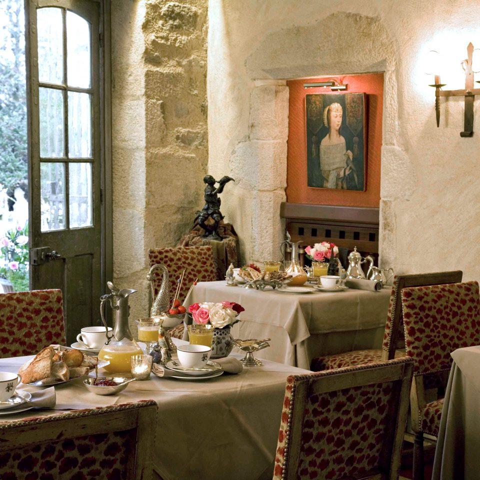 Dining Drink Elegant Historic Honeymoon Luxury Romance Romantic home restaurant living room