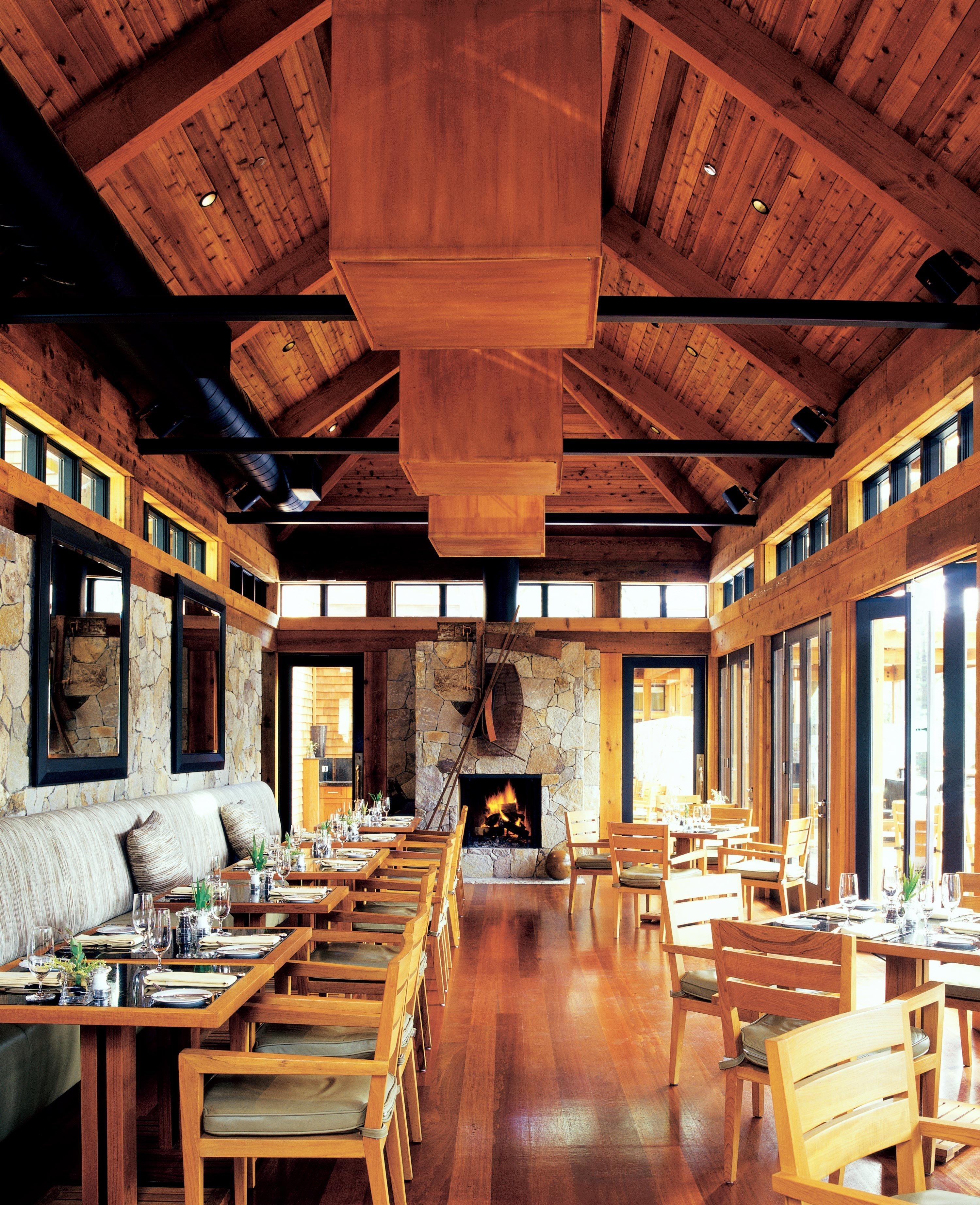 Dining Eat Eco Luxury Ranch Romance Romantic Rustic Wellness building wooden log cabin home restaurant farmhouse tavern living room Resort cottage
