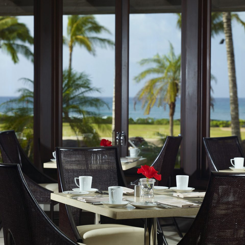 Dining Eat Honeymoon Island Luxury Outdoors Resort Romance Romantic property restaurant home cottage dining table