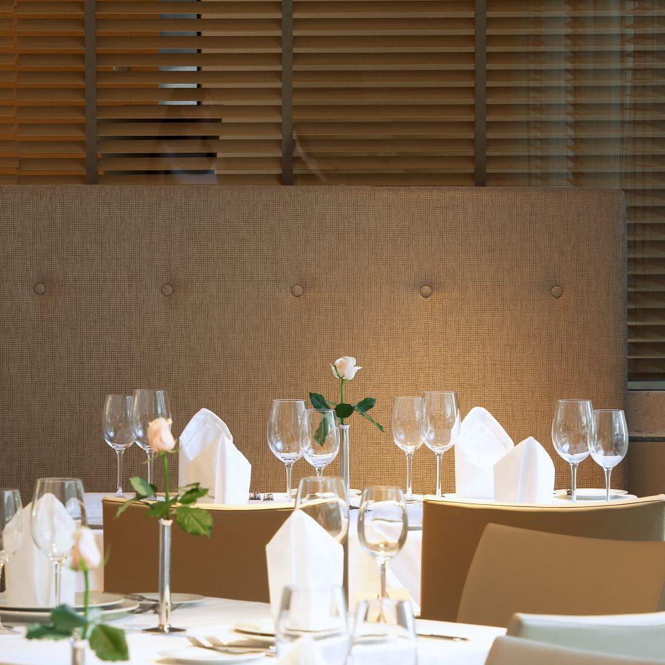 Dining Eat Luxury Modern Romance Romantic restaurant function hall dining table