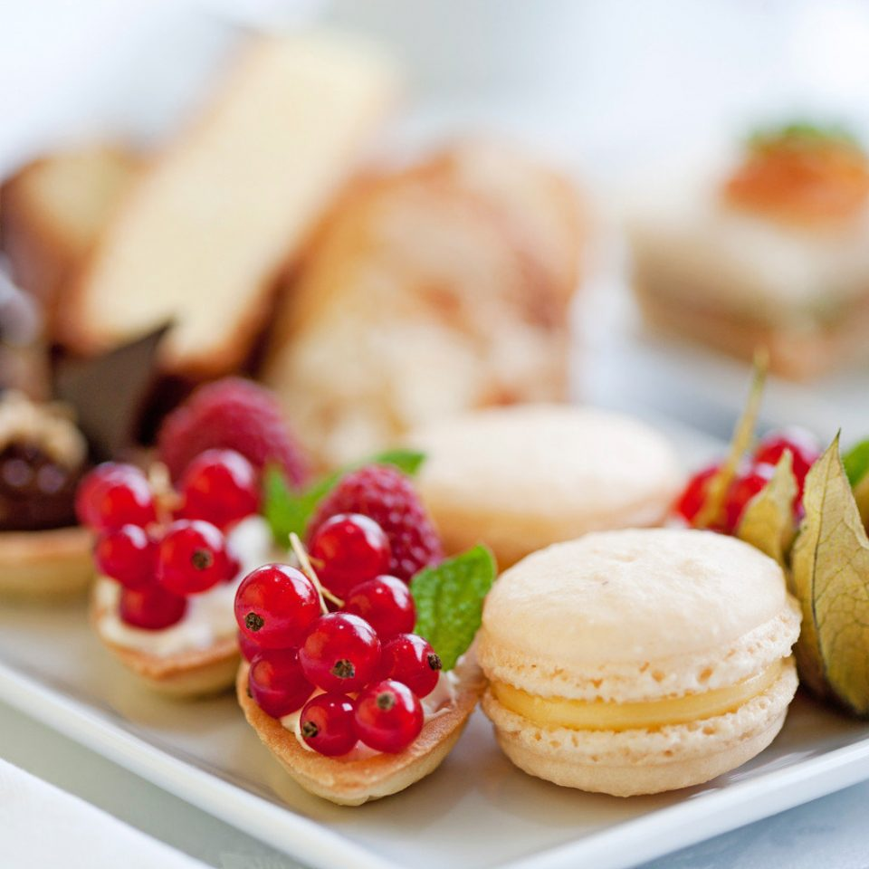 Dining Eat Luxury Romantic food plate breakfast dessert brunch hors d oeuvre slice baking canapé sweetness flavor baked goods petit four close arranged square sliced fresh