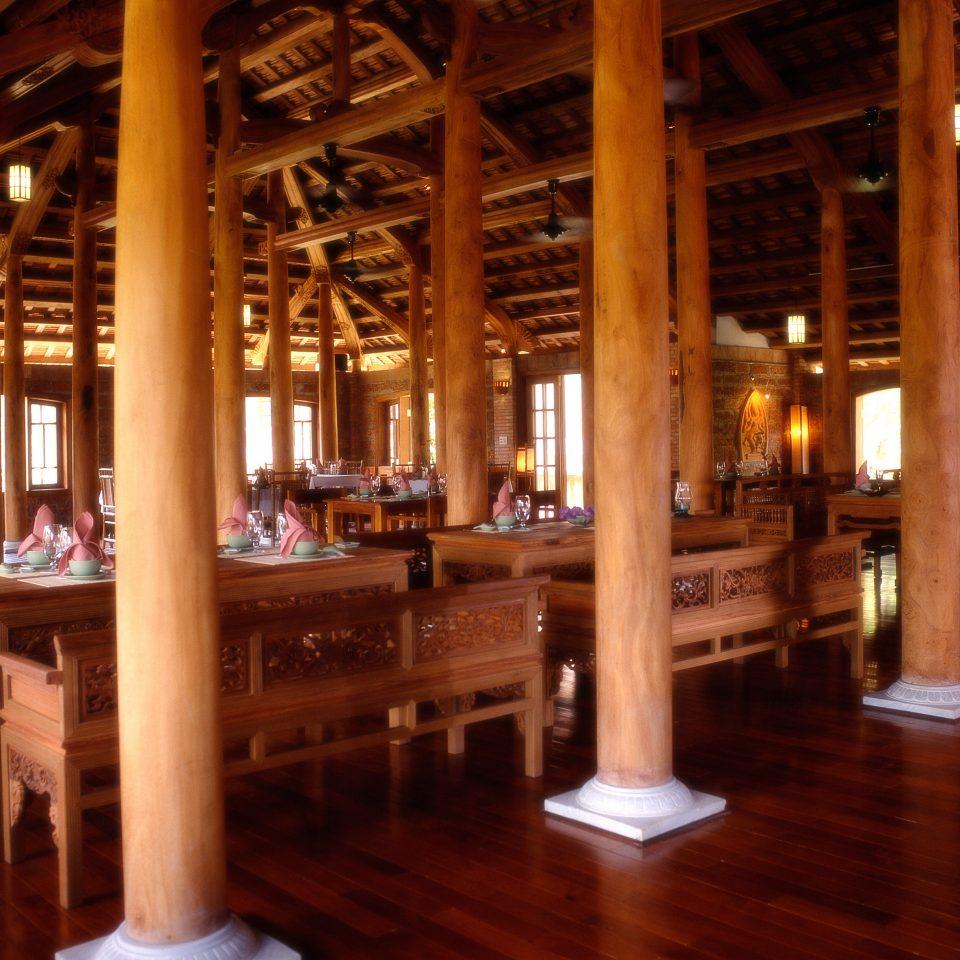 Dining Eat Resort building restaurant wooden lighting