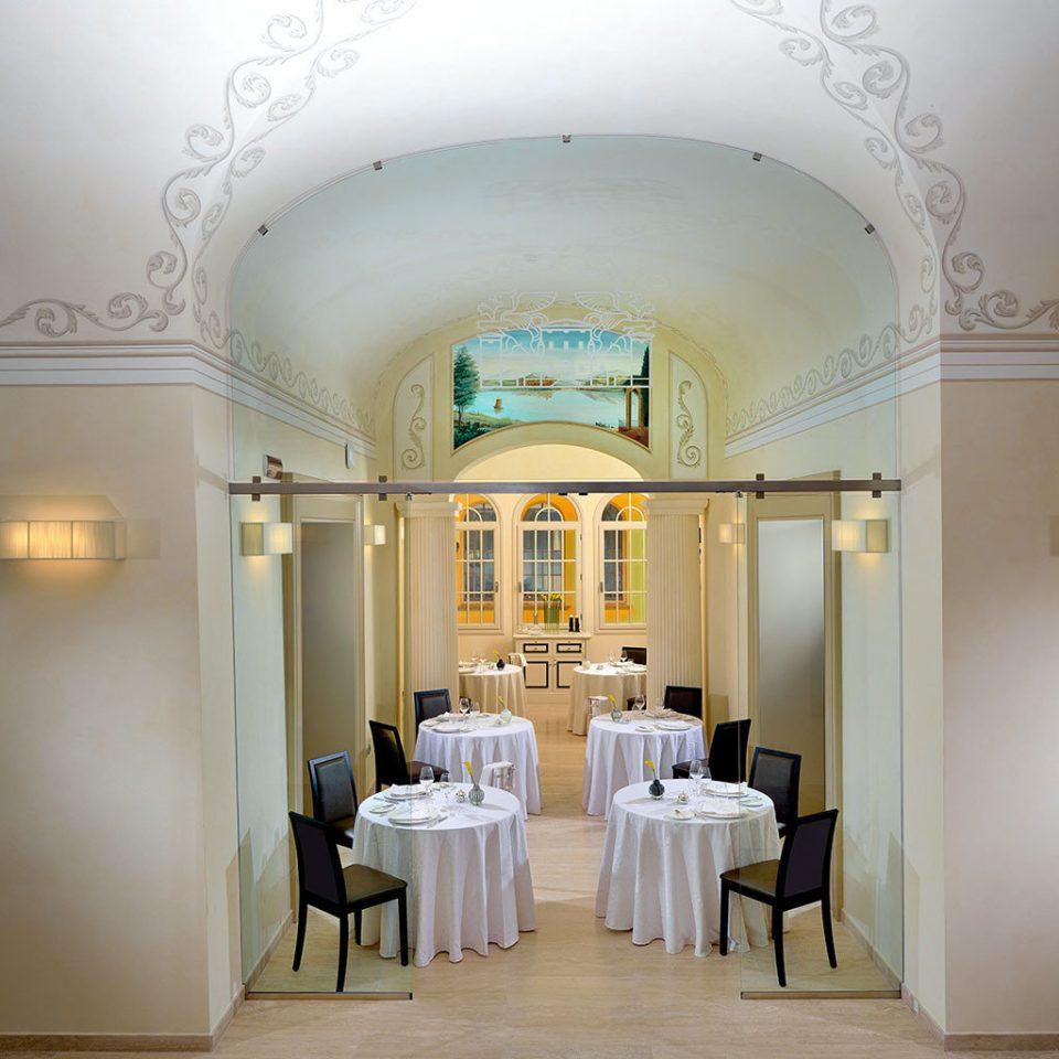 Dining Elegant Luxury property Lobby white hall living room mansion