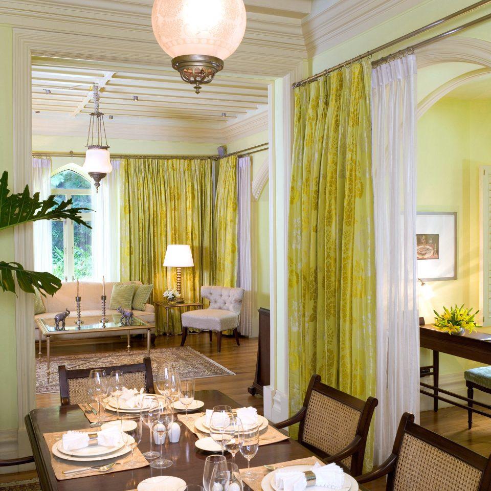 Dining Elegant Luxury Suite property living room home condominium cottage Villa Resort mansion dining table