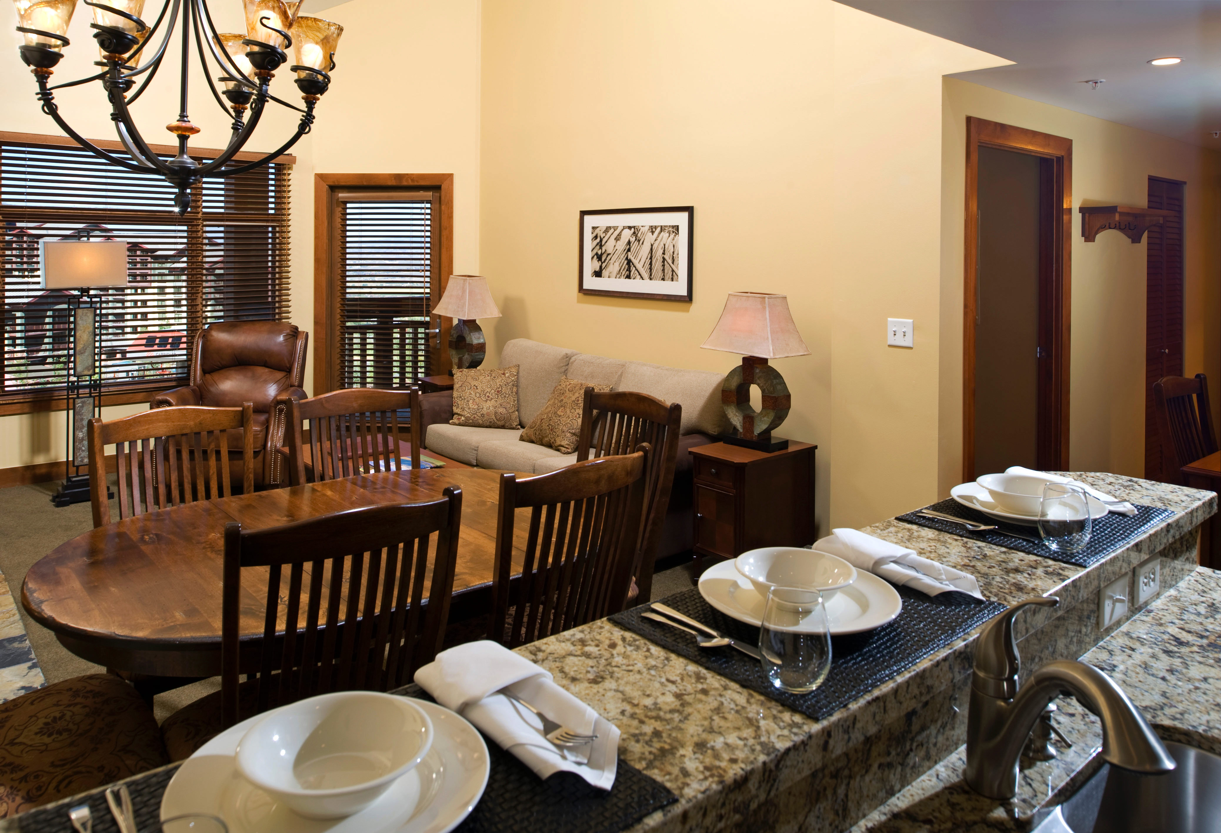 Family property restaurant living room home cottage Dining Villa Suite dining table