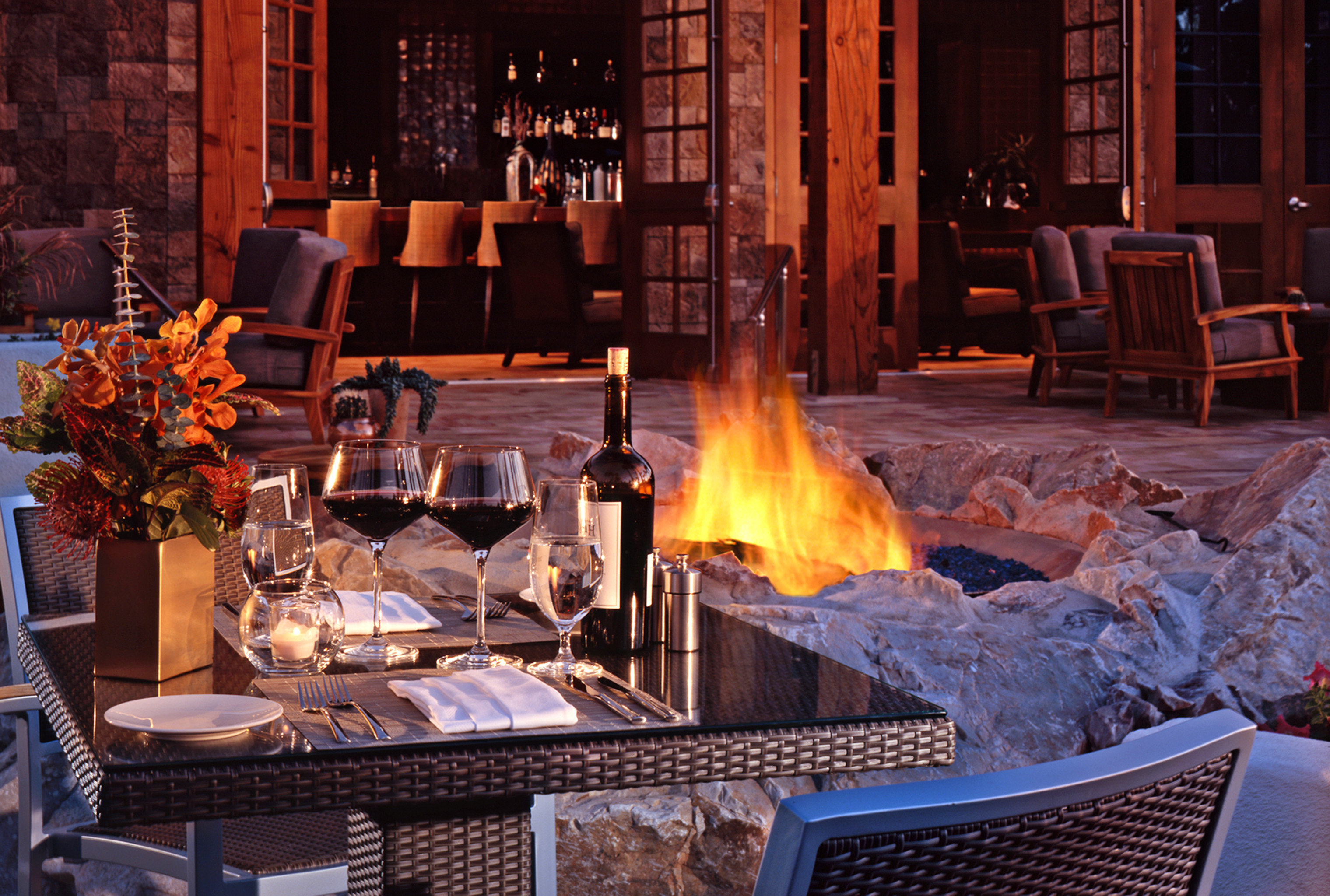 Lounge Luxury chair building hearth restaurant Dining Fireplace