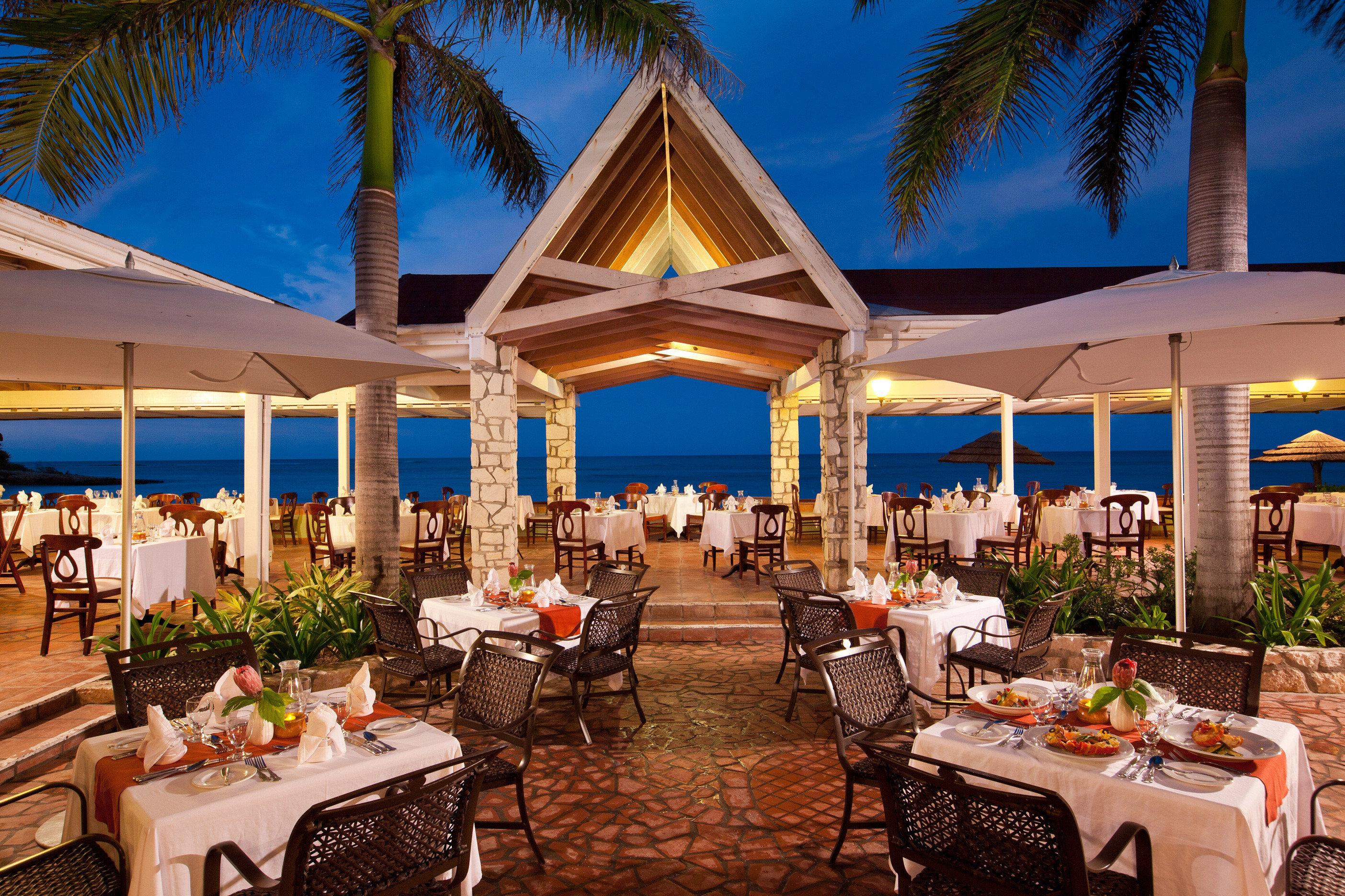 tree chair Picnic Dining Resort function hall wedding restaurant wedding reception lawn set Garden