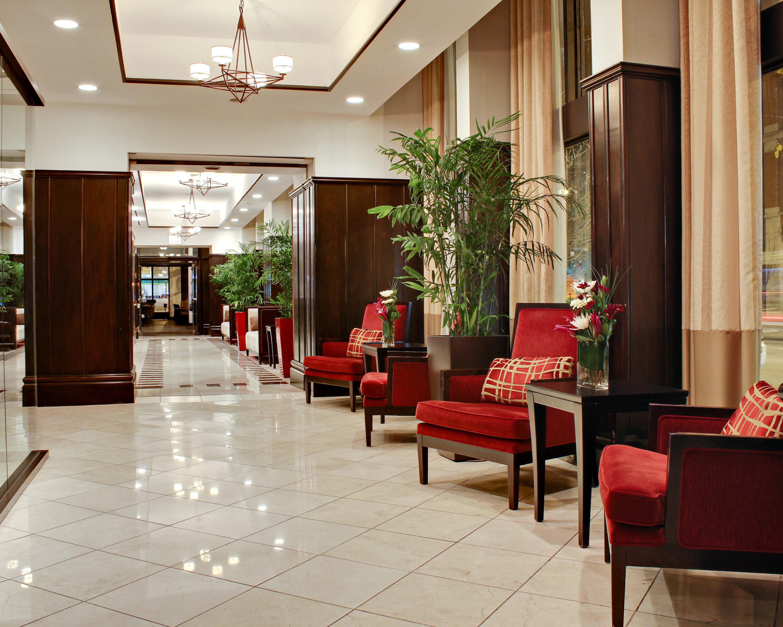 Hip Lounge Luxury Lobby property restaurant Dining function hall living room flooring