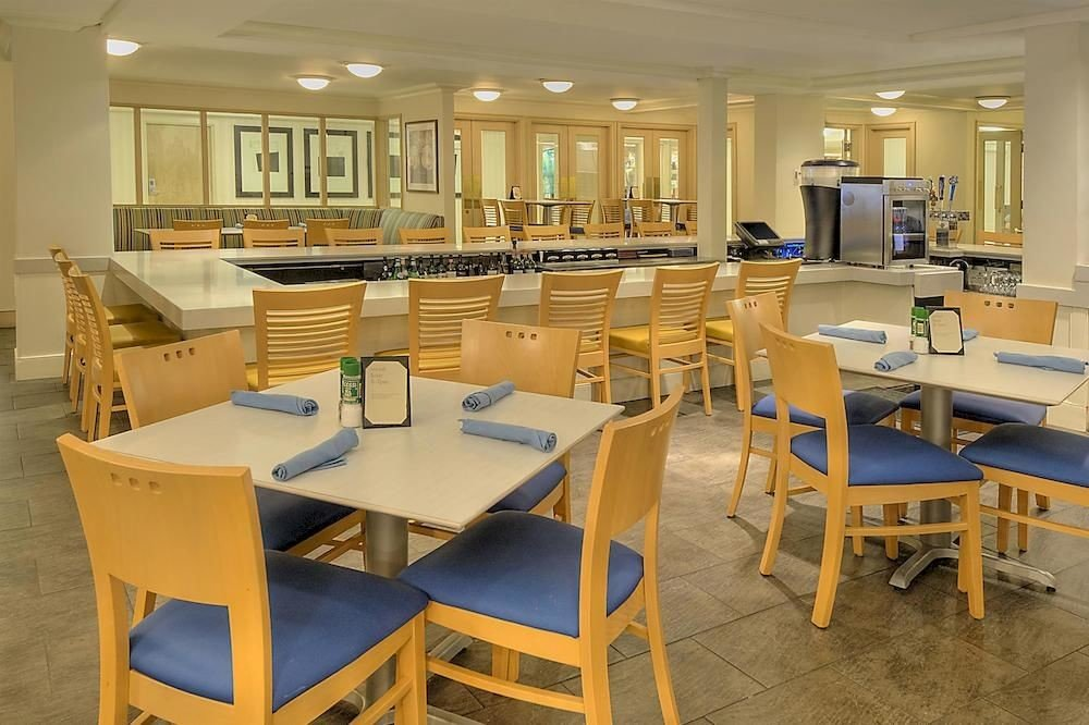 chair Kitchen classroom Dining cafeteria restaurant Island