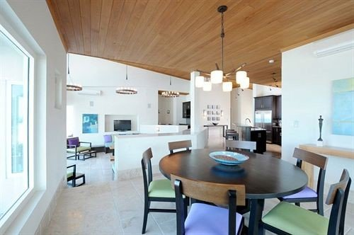 Lounge Luxury property Kitchen chair home living room condominium Villa cottage Dining Island