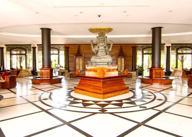Lobby property building palace plaza mansion Dining flooring wood flooring living room Island