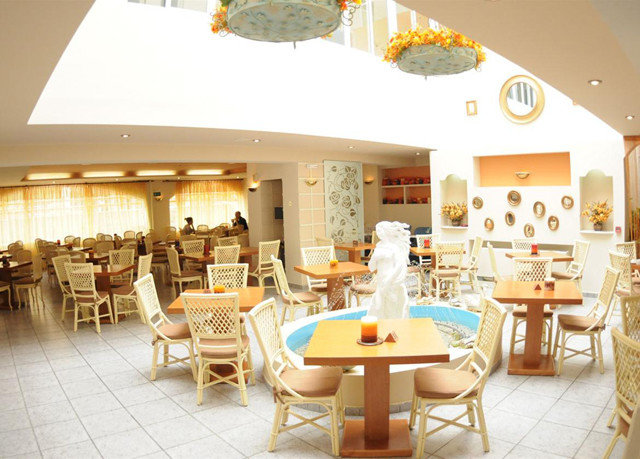 chair restaurant function hall Resort Dining tiled Island