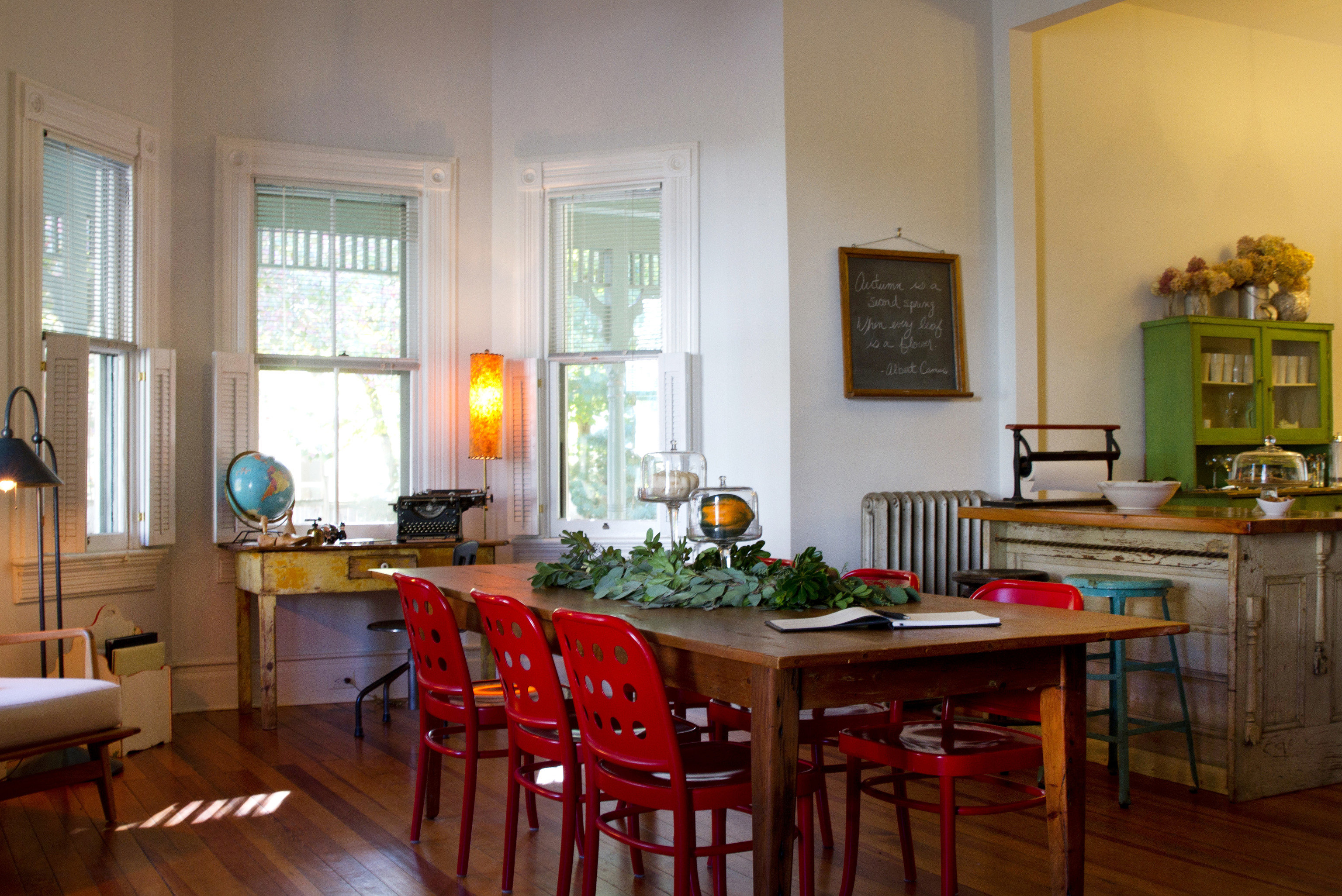 property home Kitchen living room house hardwood cottage farmhouse Dining