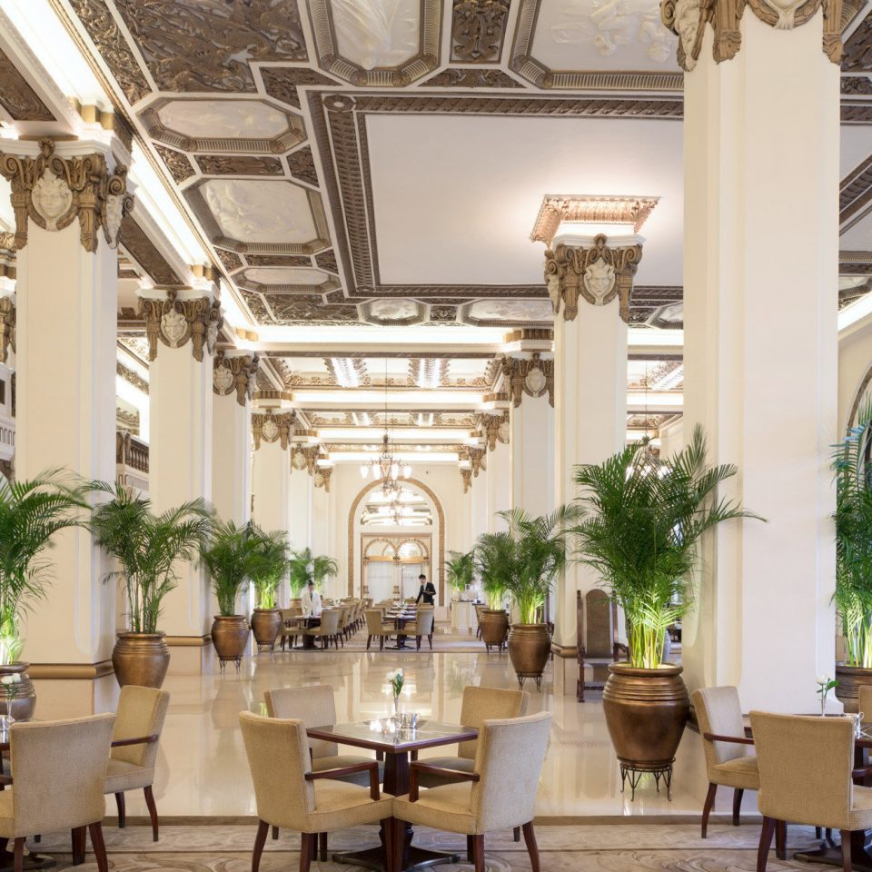 chair Lobby building Dining restaurant function hall palace home ballroom convention center mansion