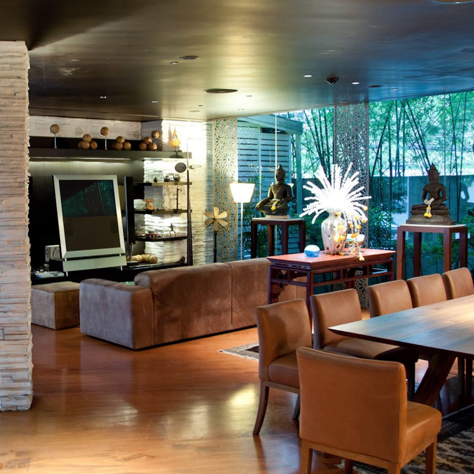 chair Lobby home living room Dining condominium restaurant dining table