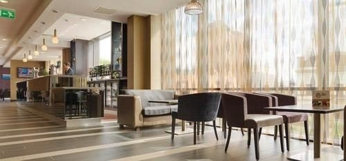 property Lobby condominium flooring restaurant Dining