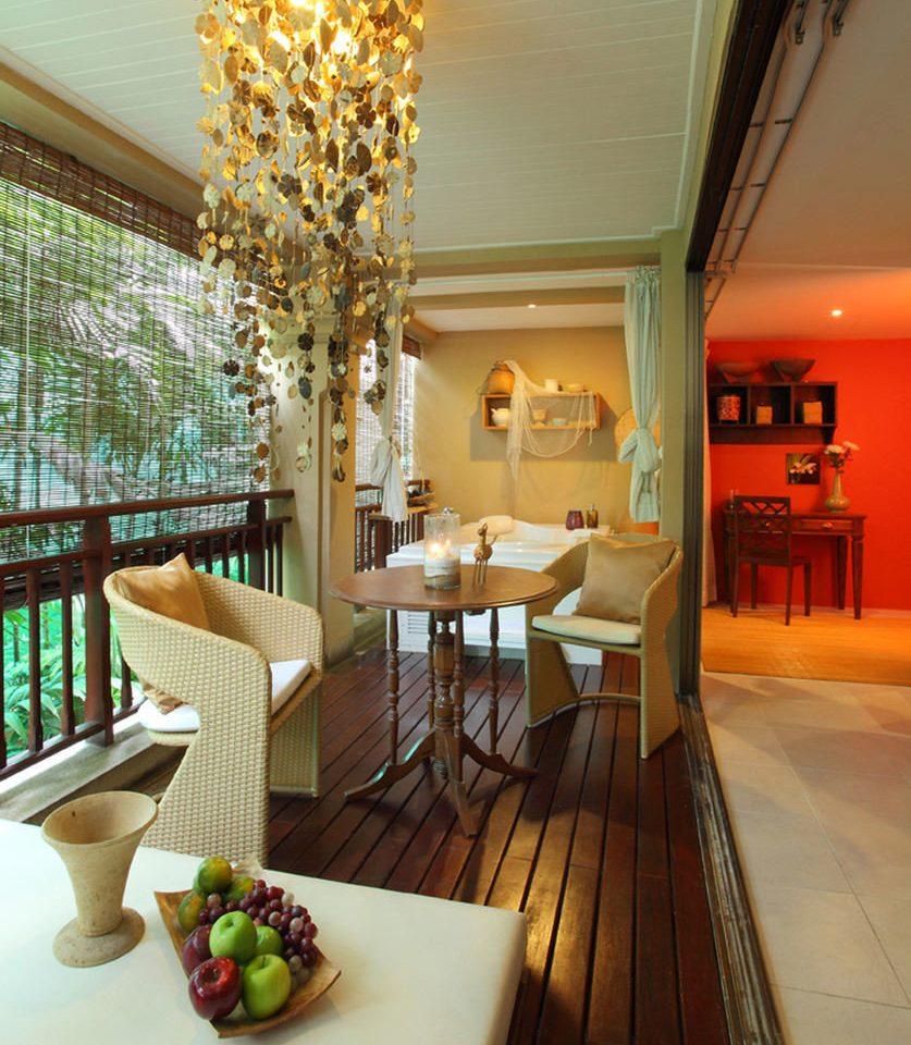 Lobby property living room home lighting restaurant Dining condominium
