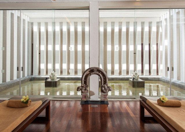 wooden Lobby hardwood living room Dining home daylighting wood flooring flooring window treatment glass