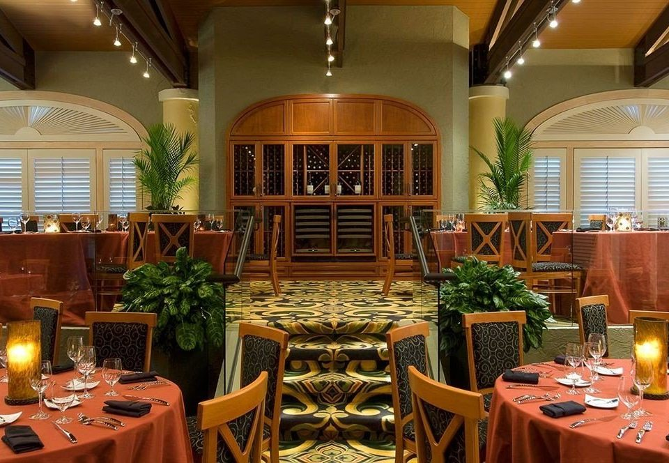 chair restaurant function hall Dining Resort Lobby ballroom convention center banquet set dining table